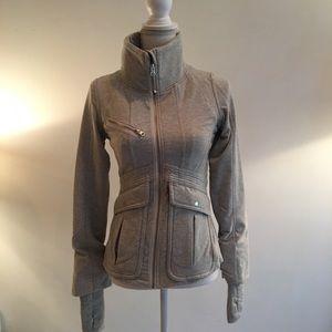 Lulelemon Gray Zip Up Jacket Pockets Size 6